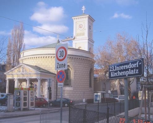 Inzersdorf Kirchenplatz Nachher